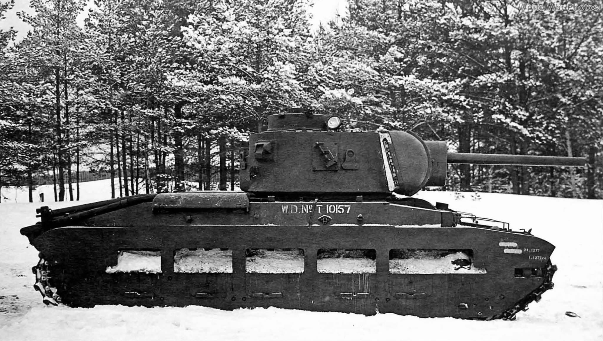 Matilda Mk III rearmed with the Soviet 76mm gun F-96 December 1941