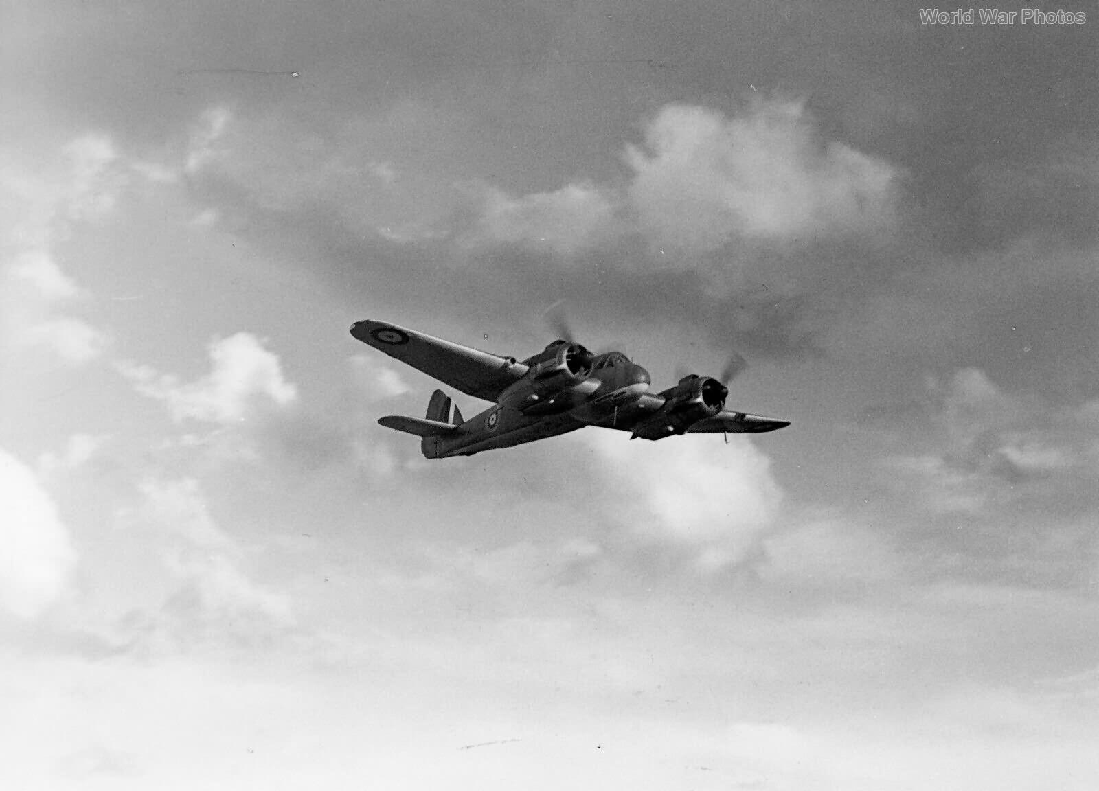 Bristol Beaufighter R2069 25 Sqn