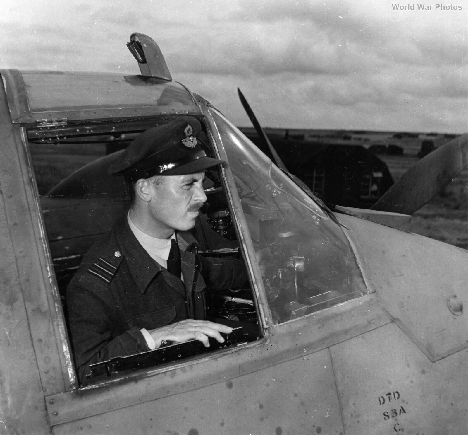Beaufighter pilot WCdr Gatward 404 Sqn