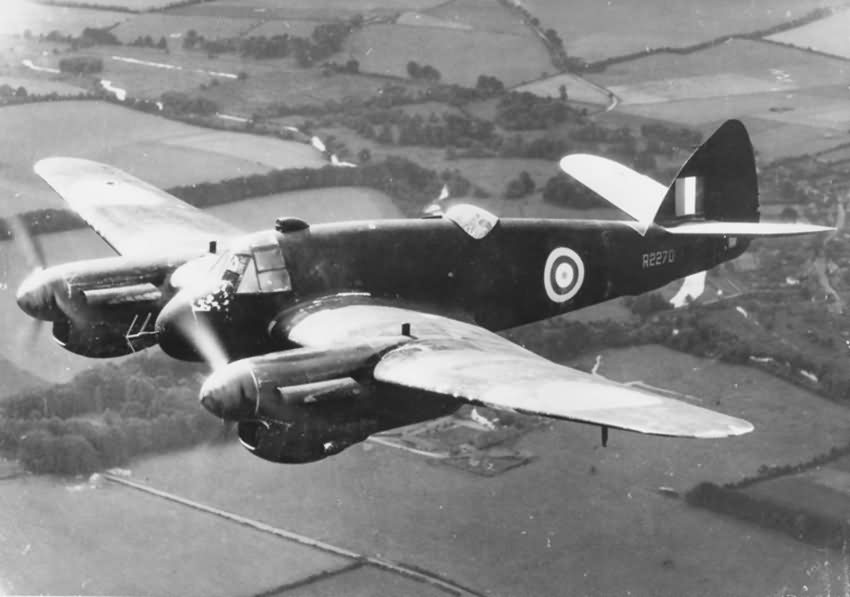 Night fighter Bristol Beaufighter Mk IIF R2270