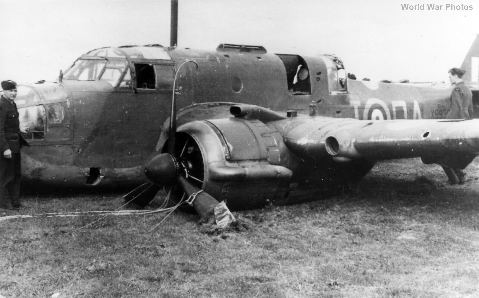 Bristol Beaufort X8935