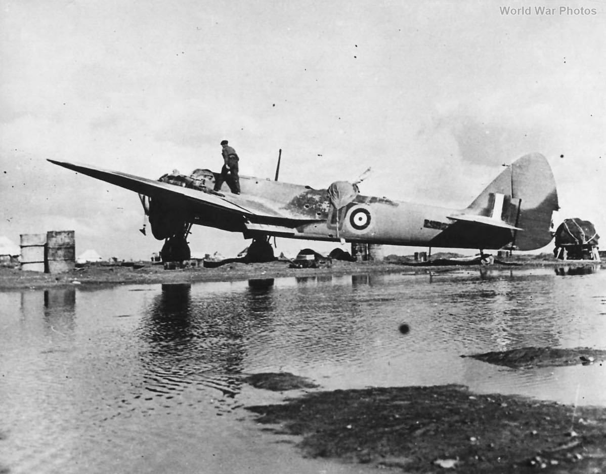 Blenheim 45 Sqn Gambut Airfield 1942