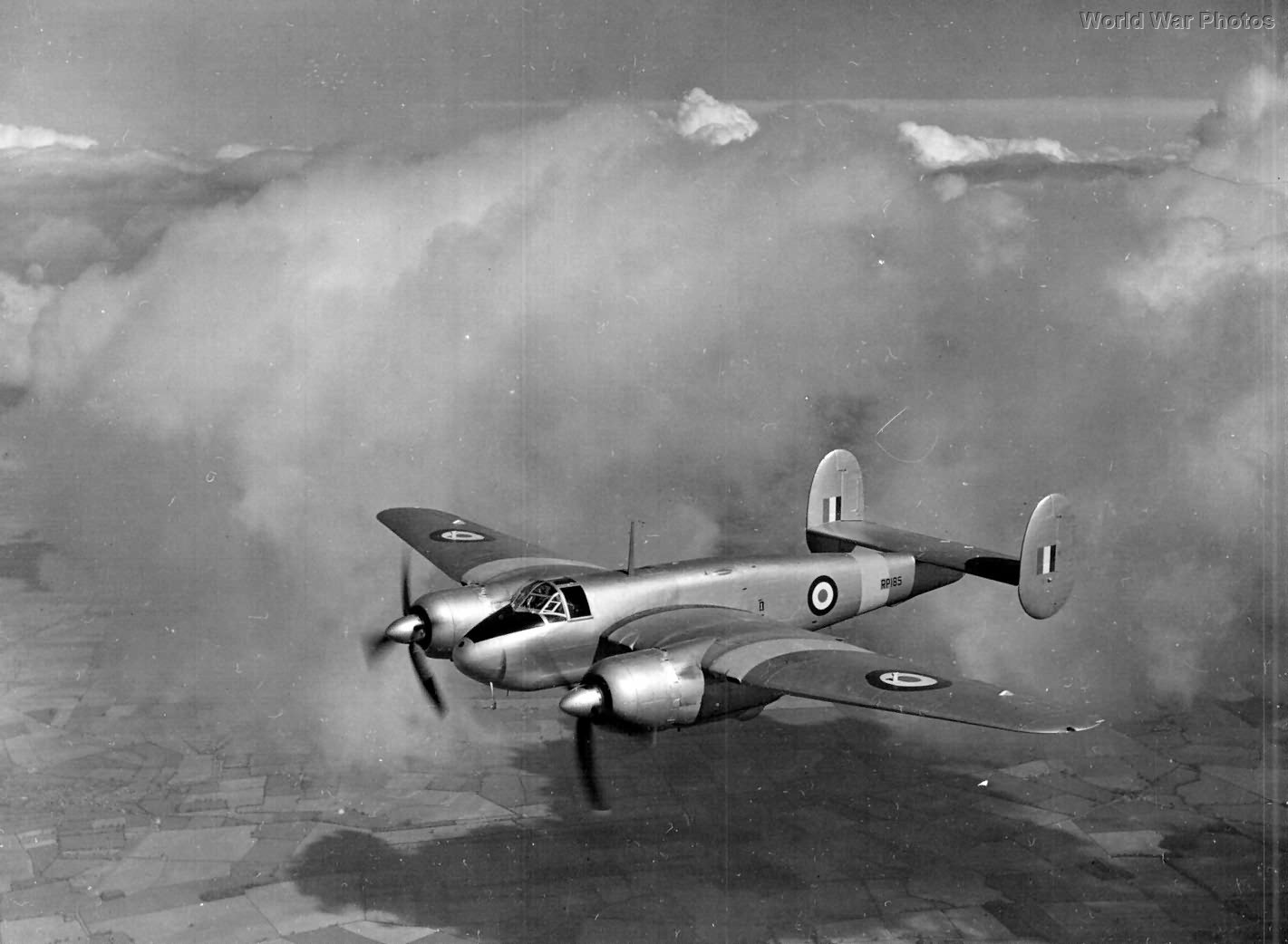 Buckmaster RP185 in flight