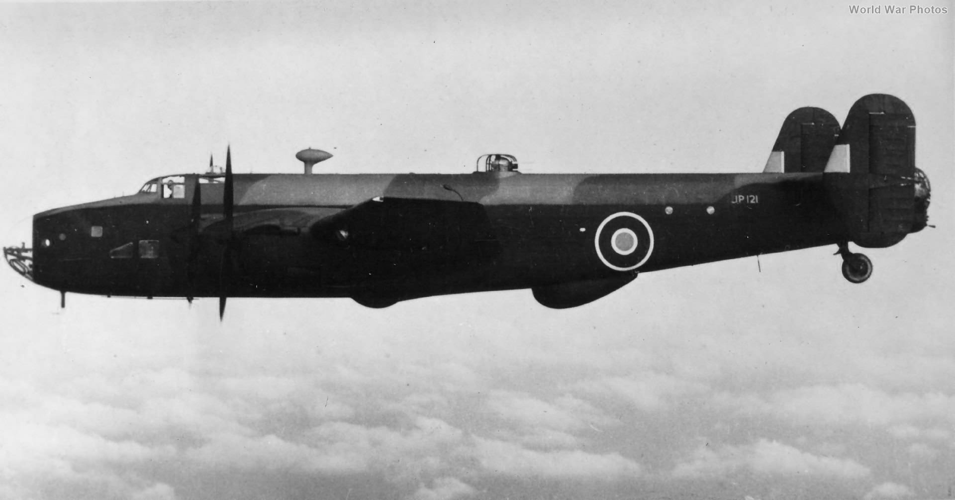 Halifax B II srs 1a JP121