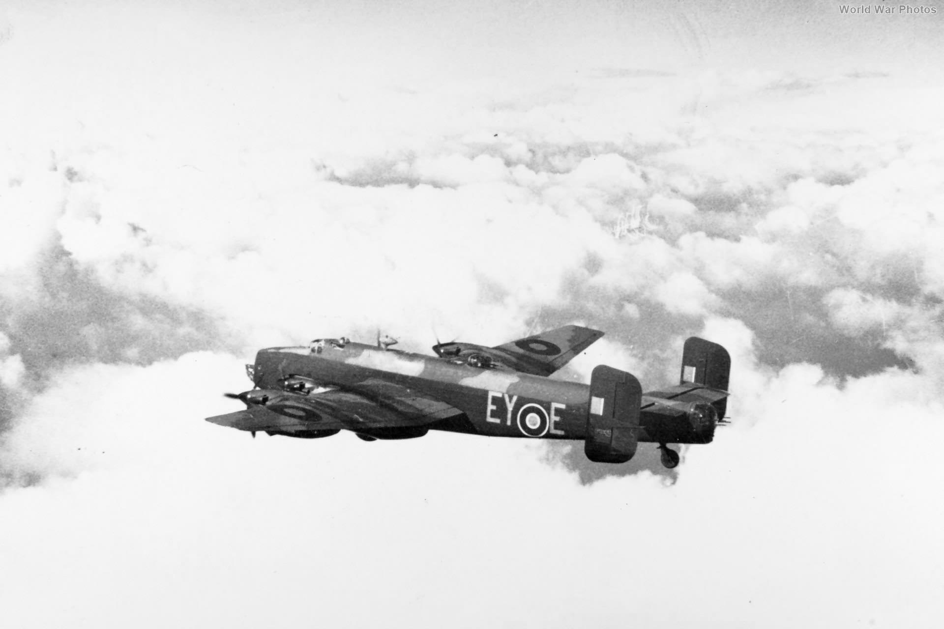 Halifax B Mk II Series 1A LW263 EY-E 78 Sn