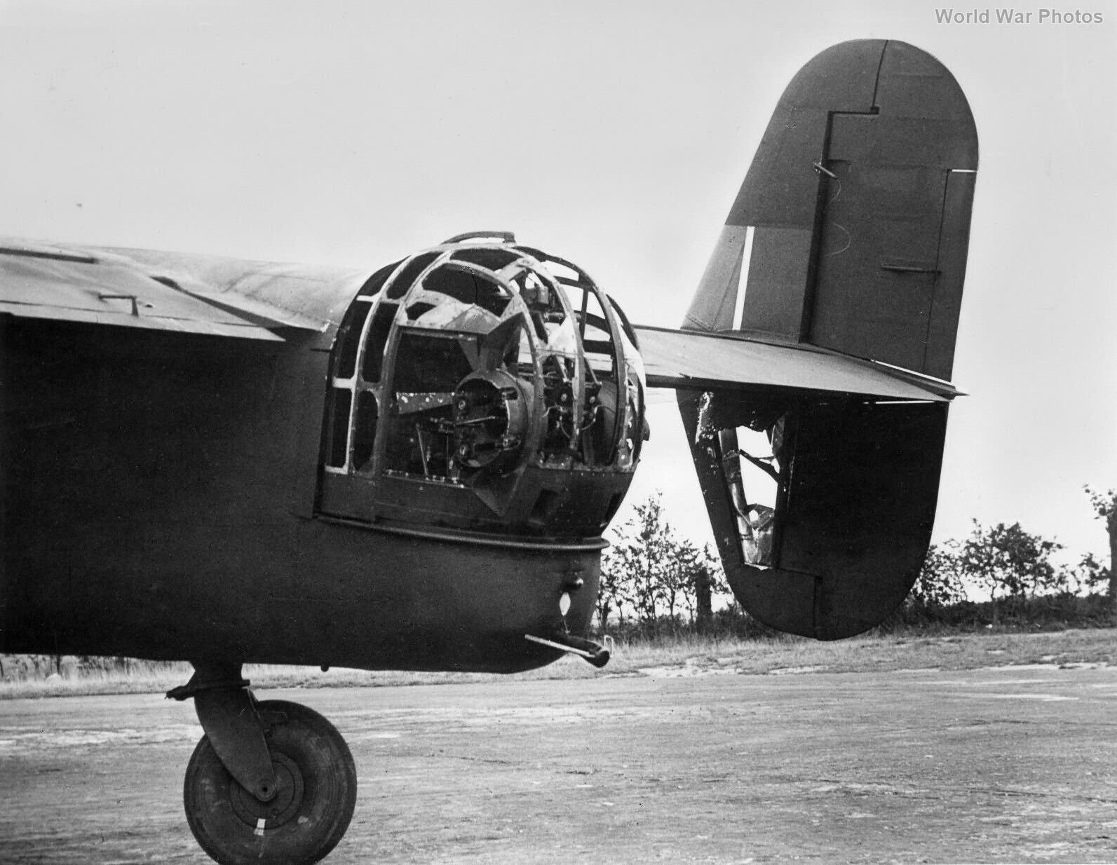 Halifax HR948 51 Sqn after attack on Berlin 23-24 Aug 43
