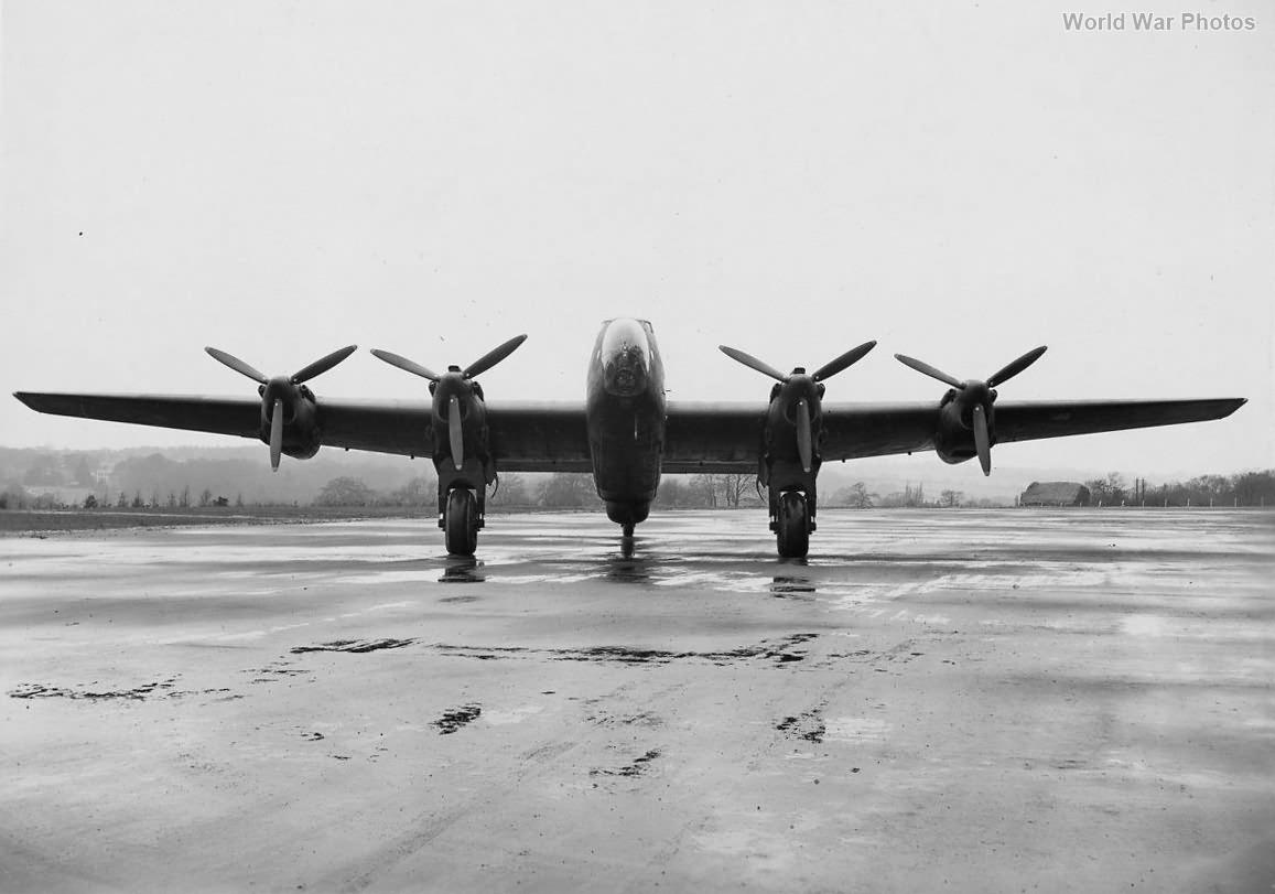 Halifax II 1944