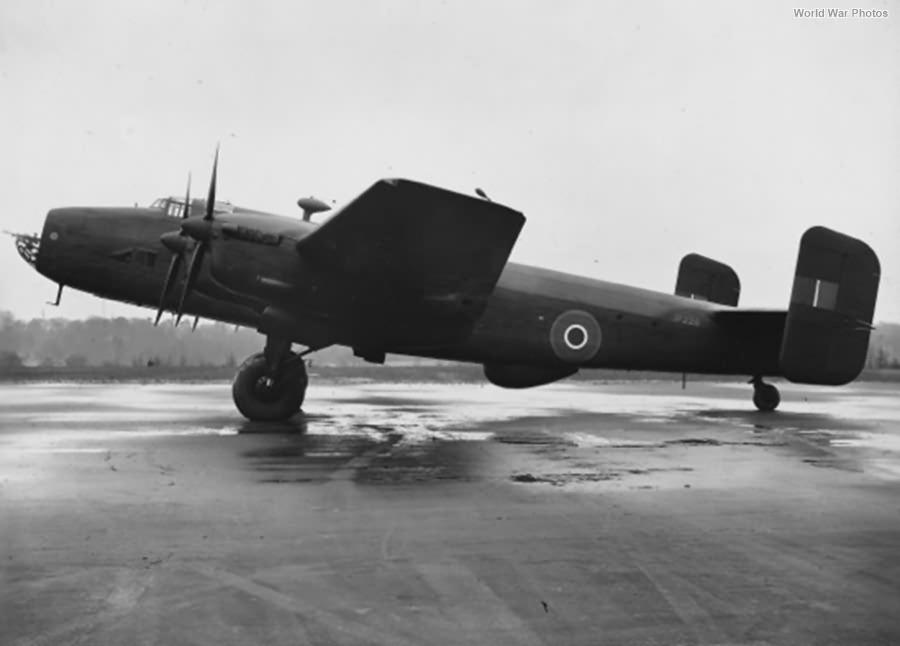Halifax II Series IA JP228