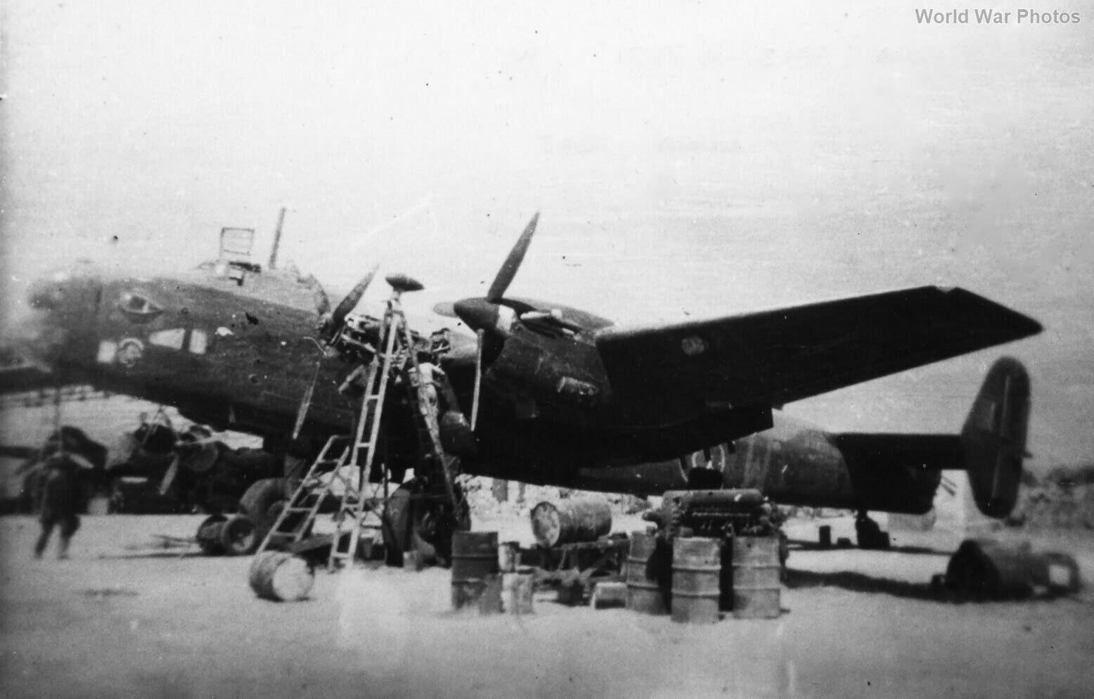 Halifax II Srs I W7871 Luqa Malta 1943
