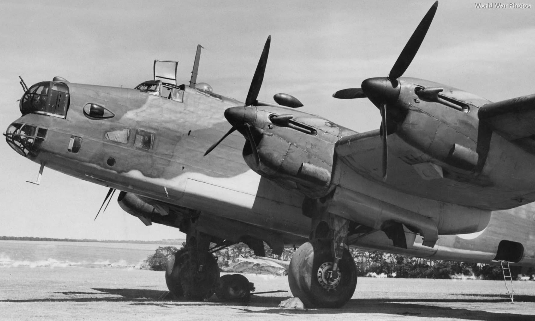 Halifax L7245 2nd prototype at Radlett 1940