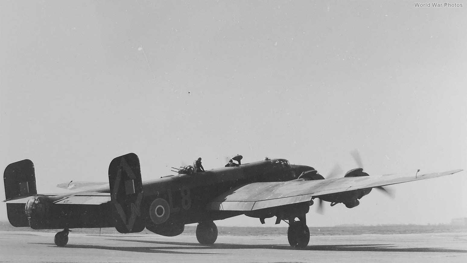 Halifax L8-N 347