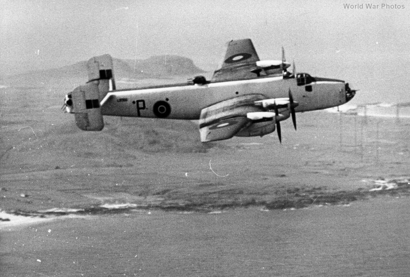 Halifax V LK966 518 Sqn over Tiree
