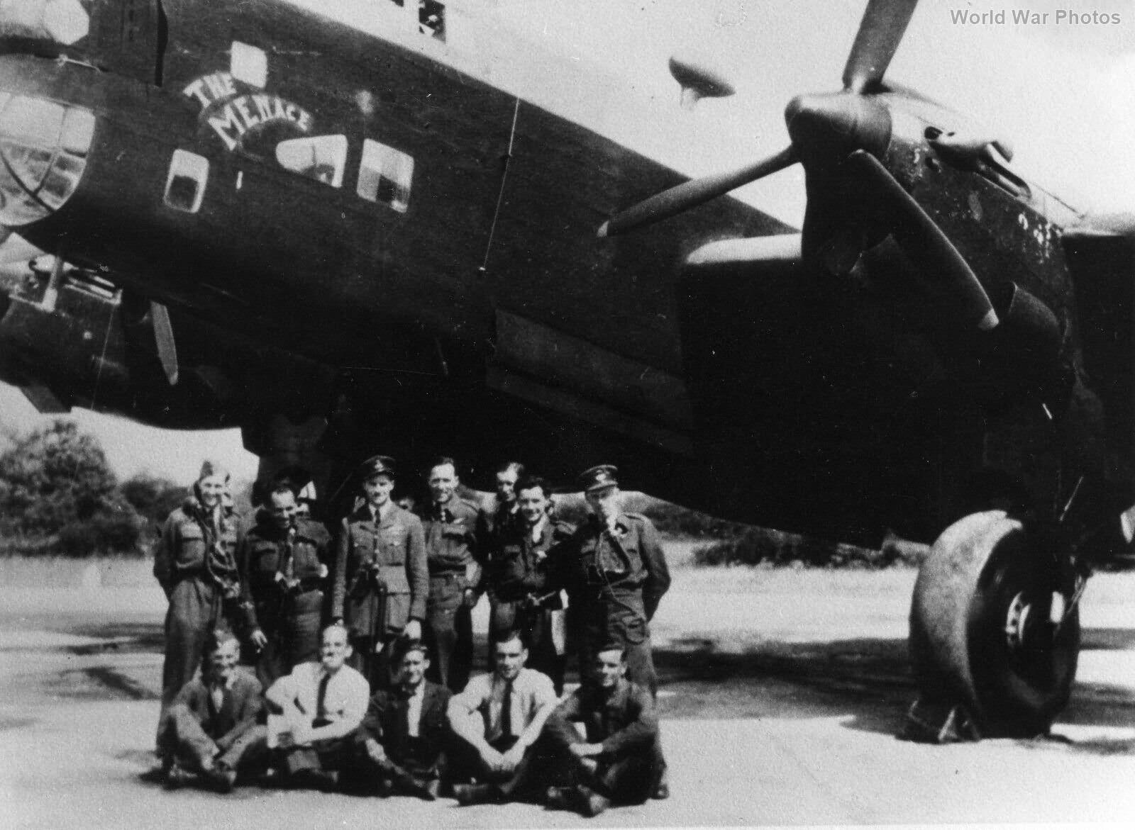 Handley Page Halifax W1108 NP-E