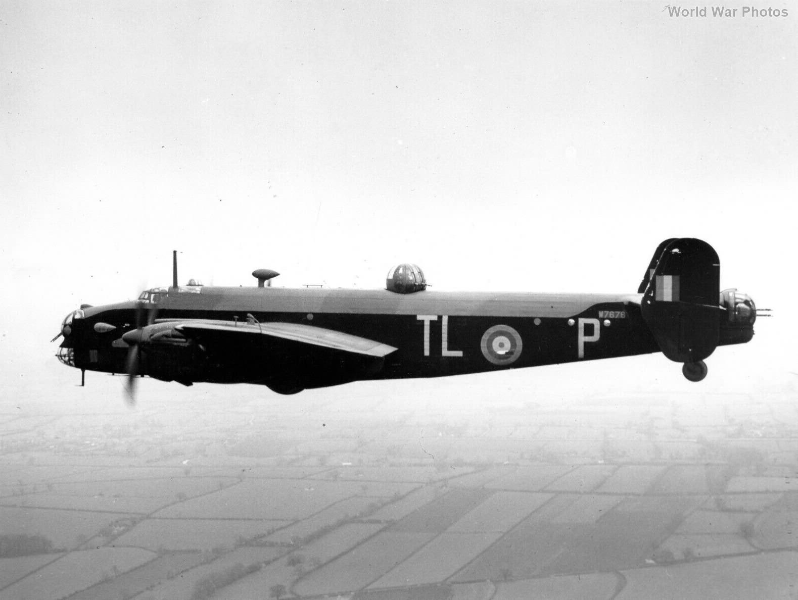 Halifax Mk II Srs I in flight