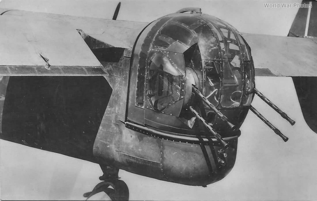Handley Page Halifax rear turret 2