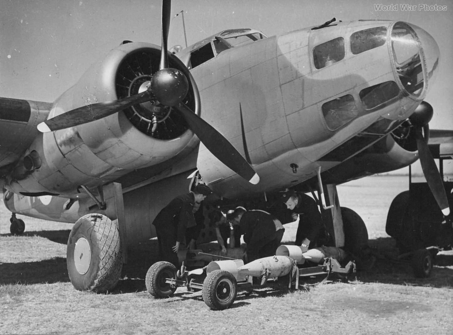 Hudson Bomb Loading