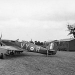 Hurricane P2923 VY-R of No 85 Squadron flown by Plt Off Albert G Lewis at Castle Camps July 1940