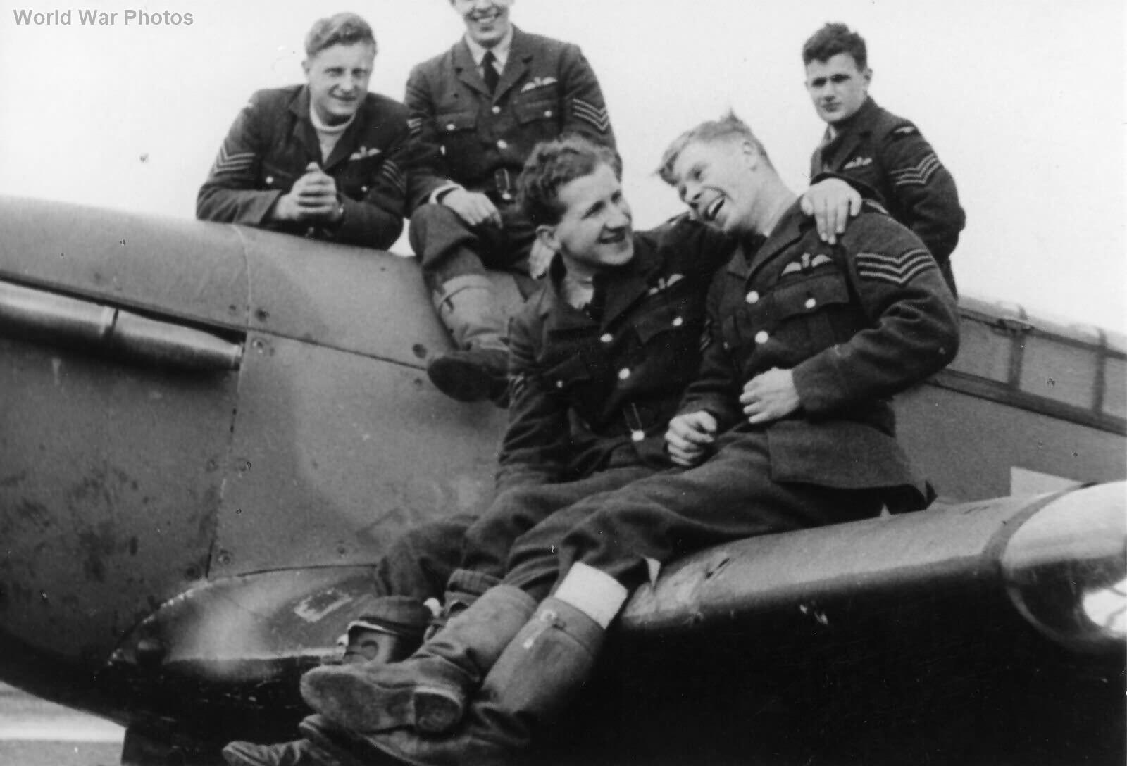 Hurricane pilots 257 Sqn 1940
