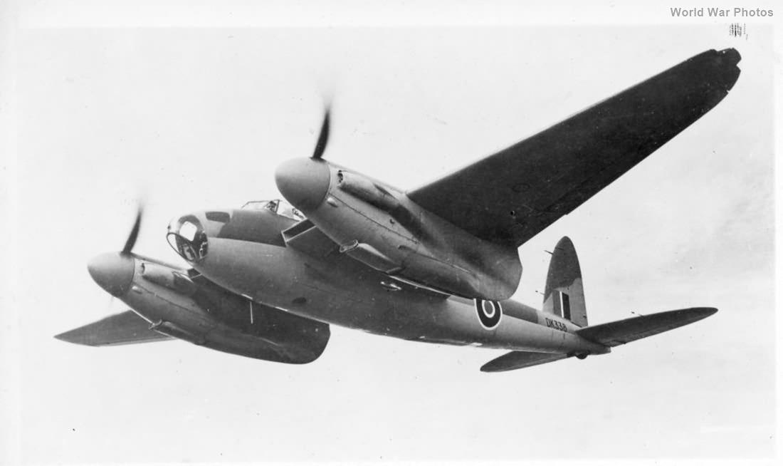 Mosquito FBIV DK338 1943 2