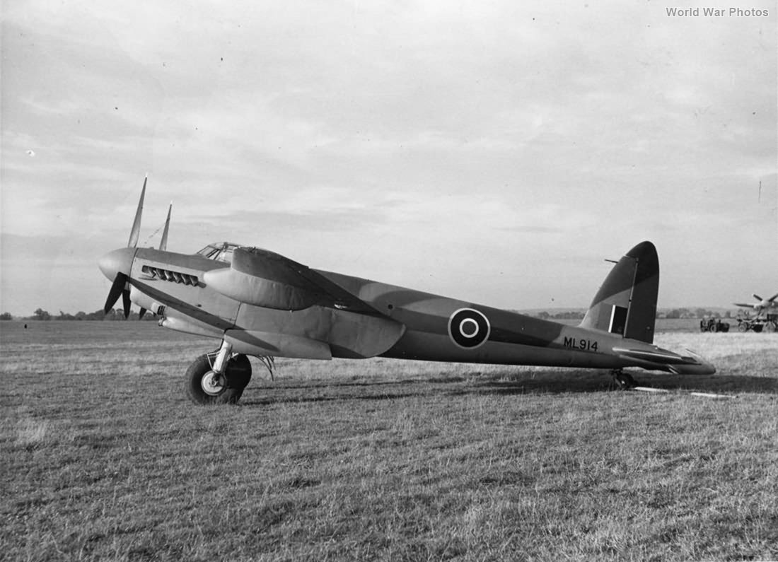 Mosquito Mk IX ML914 2