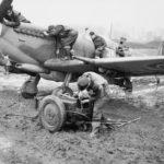 Spitfire XVIe RR255 9N Y 127sqn Grimbergen 44