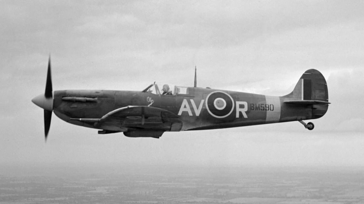 Spitfire_Mk_VB_BM590_AV-R_Olga_of_No._12