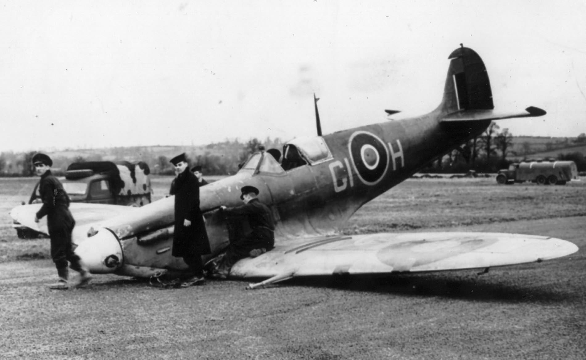 Spitfire_Mk_V_GI-H.jpg