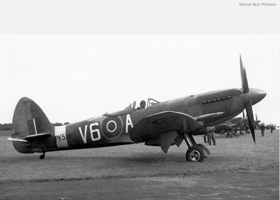 Spitfire F22 PK519 1947