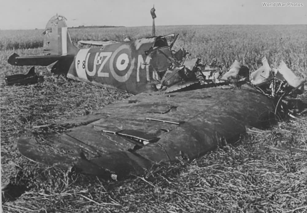 Spitfire IIa P8462 UZ-M September 1941