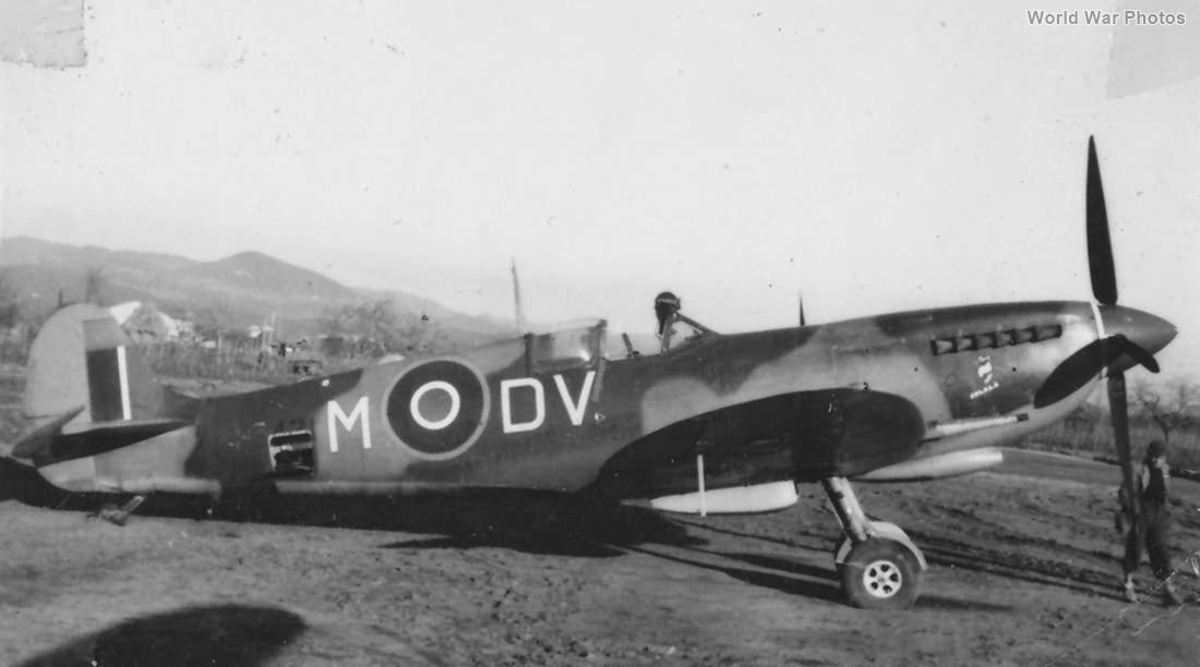 Spitfire Mk IX DV-M