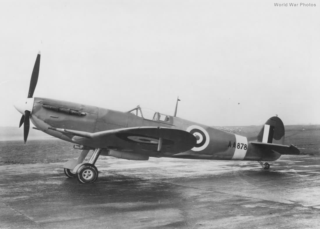 Spitfire Vc AA878