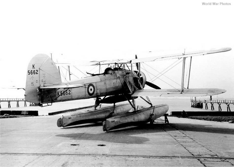Fairey Swordfish floatplane Mk I K5662