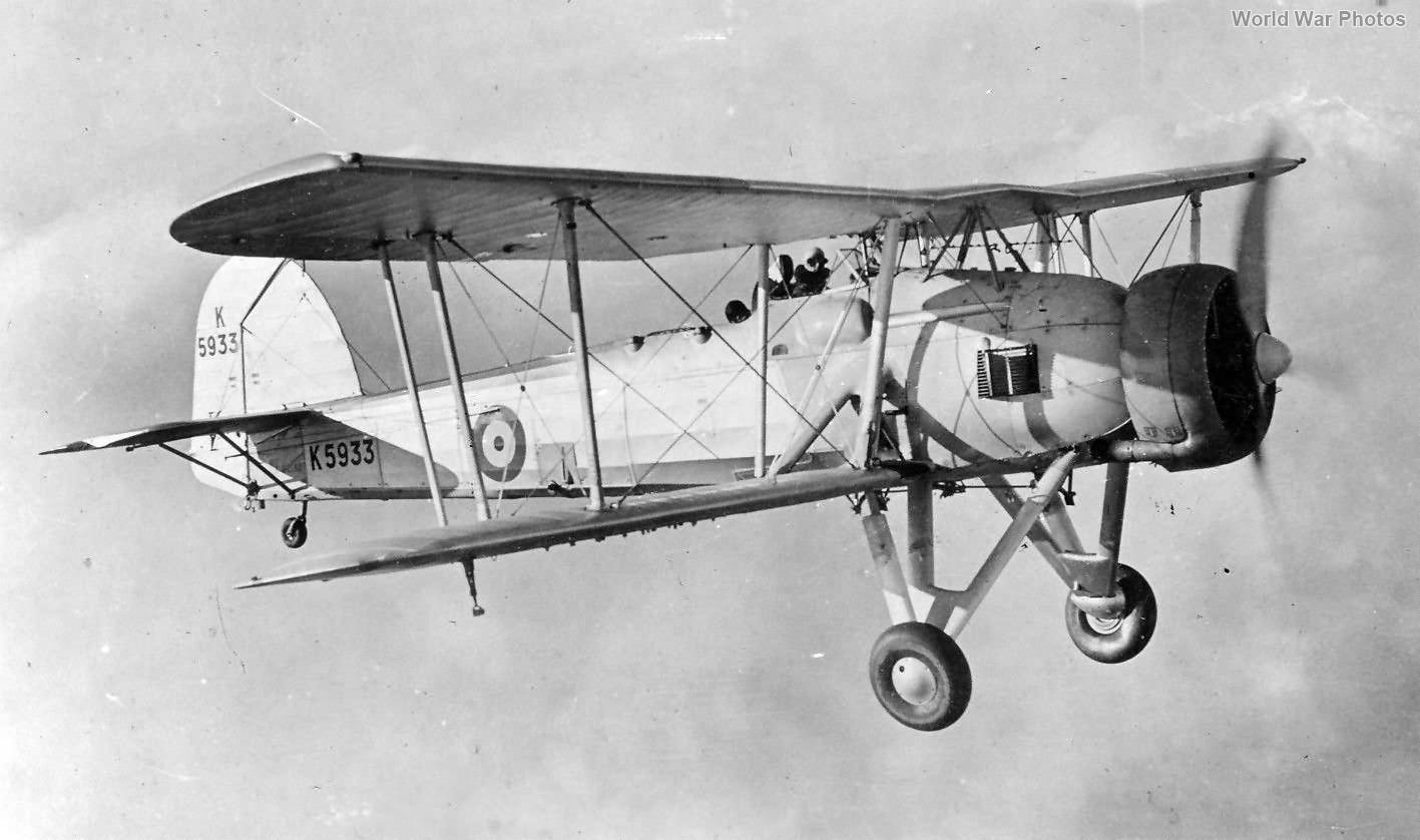 Swordfish Mk I K5933 in flight