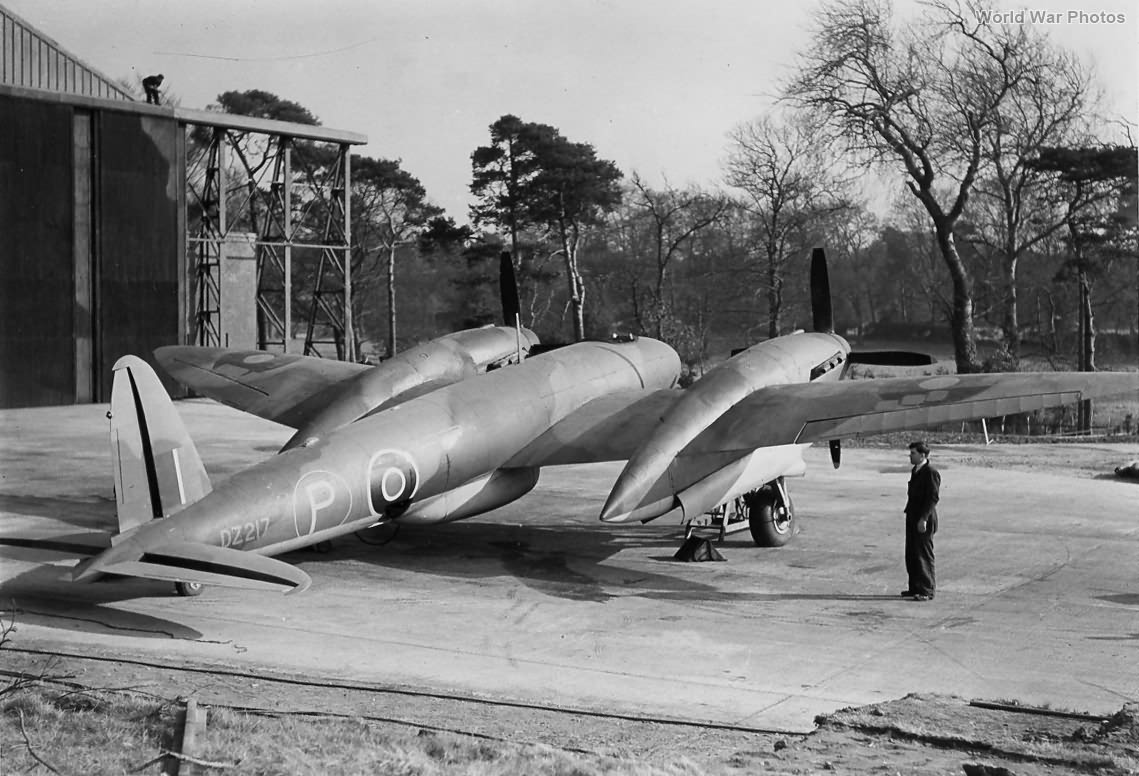 Vickers Type 432 Prototype rear