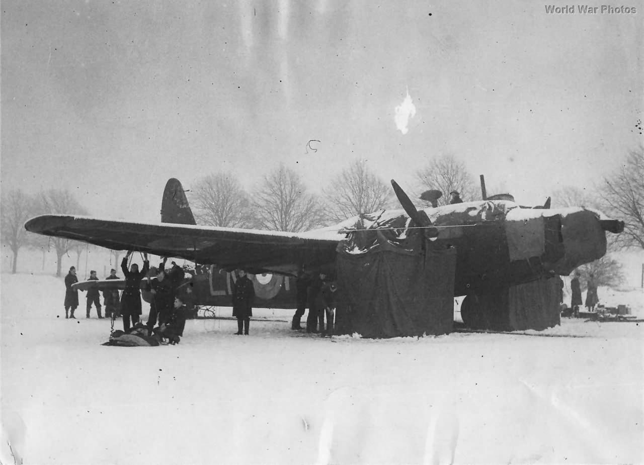 99 Squadron Wellington Mk Ia at Newmarket 1941