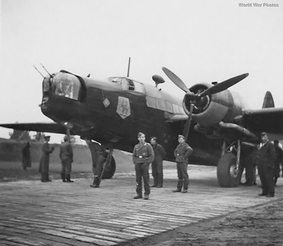 Polish Wellington Z1277 of No. 301 Polish Bomber Squadron Eeklo 1941 2