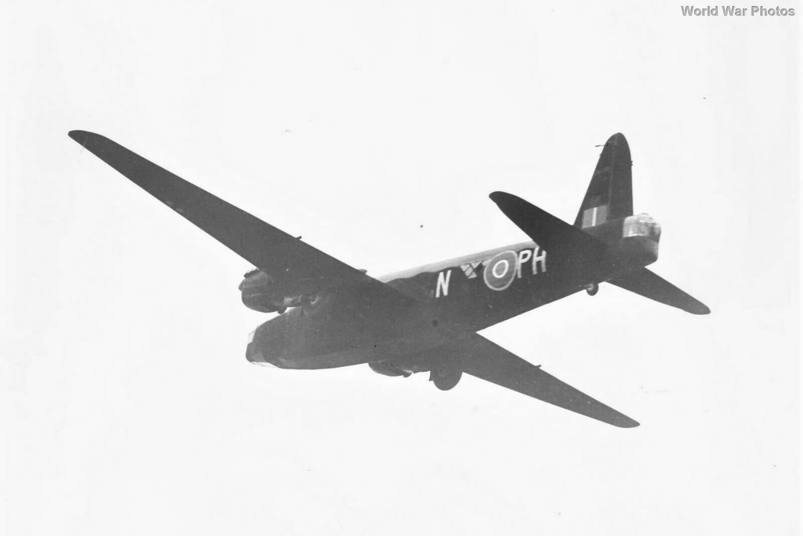 Vickers Wellington W5598 PH-N of No. 12 Squadron RAF