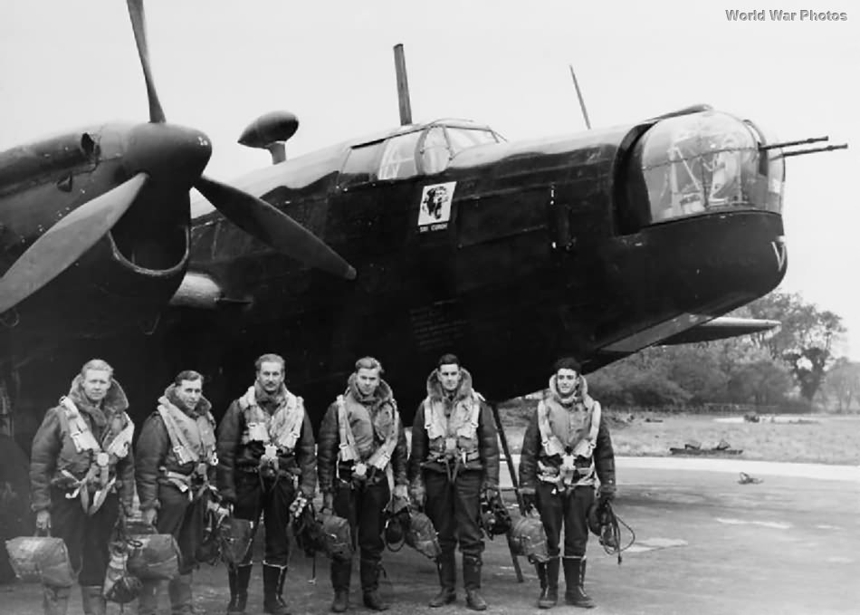 Crew with Wellington Mk II of No. 214 Squadron RAF