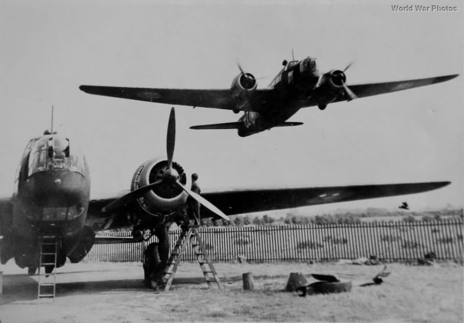 Wellington Bomber take off to night mission 1940