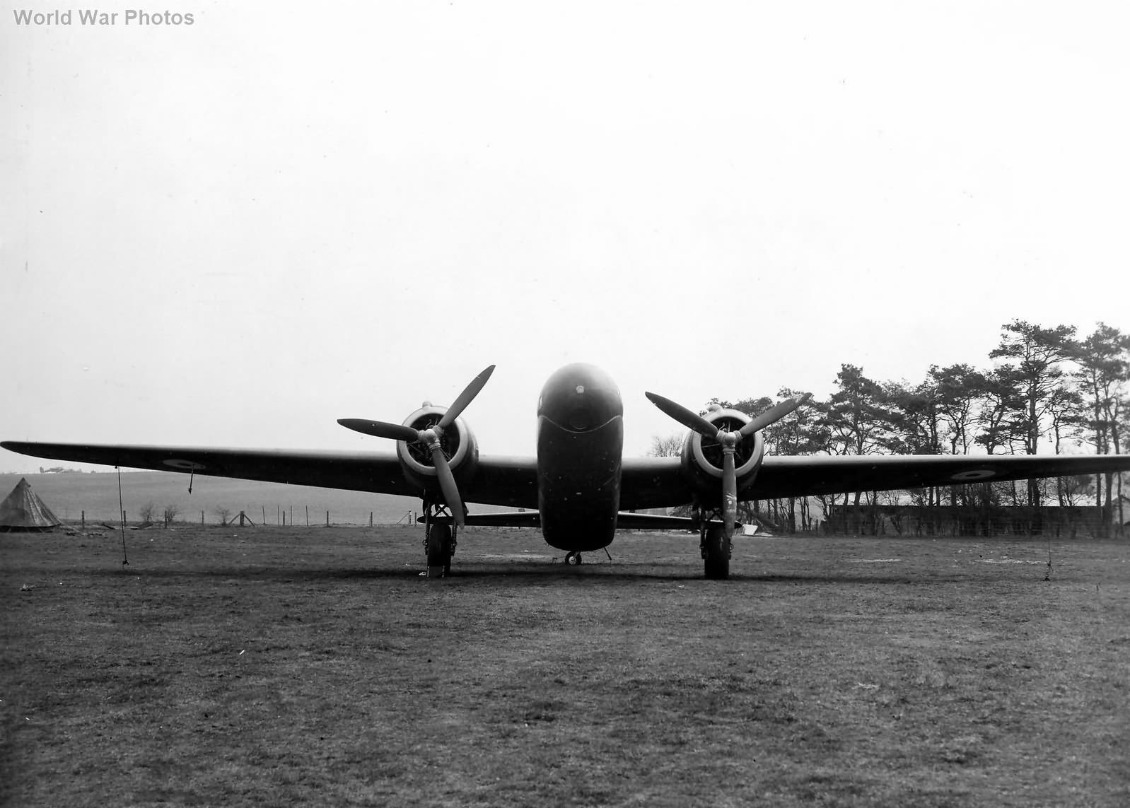 Vickers Wellington Mk V R3298 4