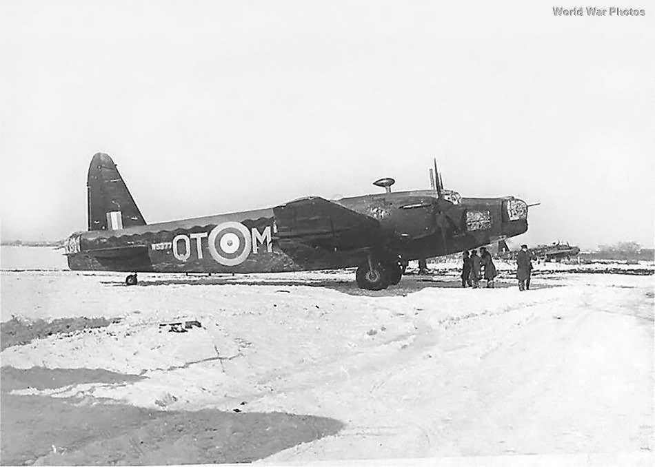 Wellington Mk II QT-M of No. 142 Squadron RAF