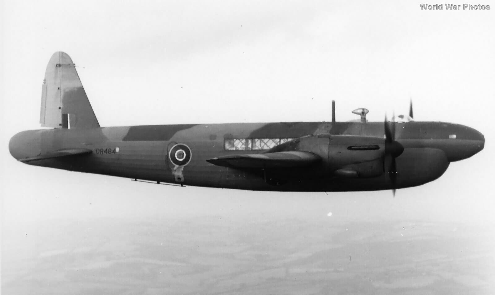 High-altitude bomber Wellington Mk VI DR484