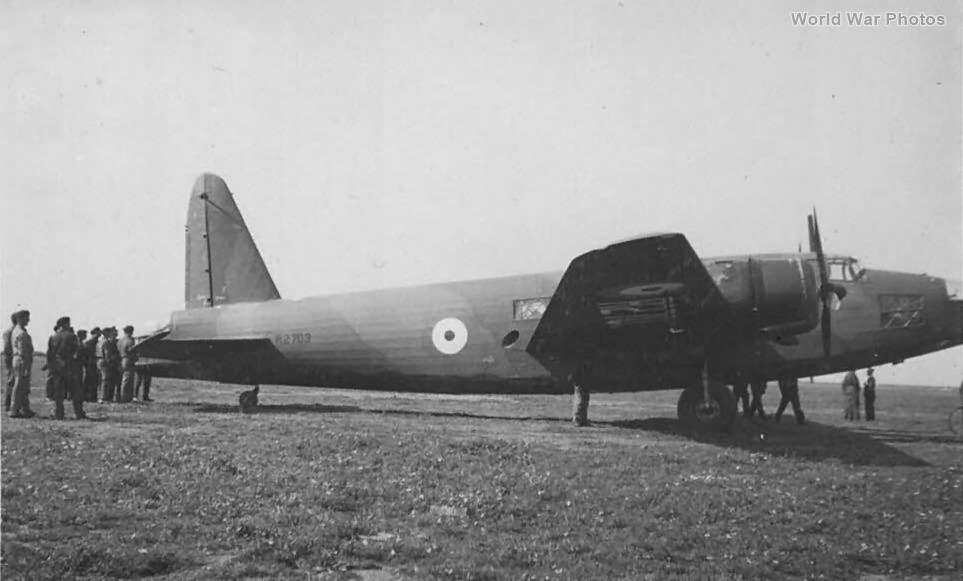Vickers Wellington R2703