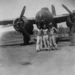 Douglas A-20G crew