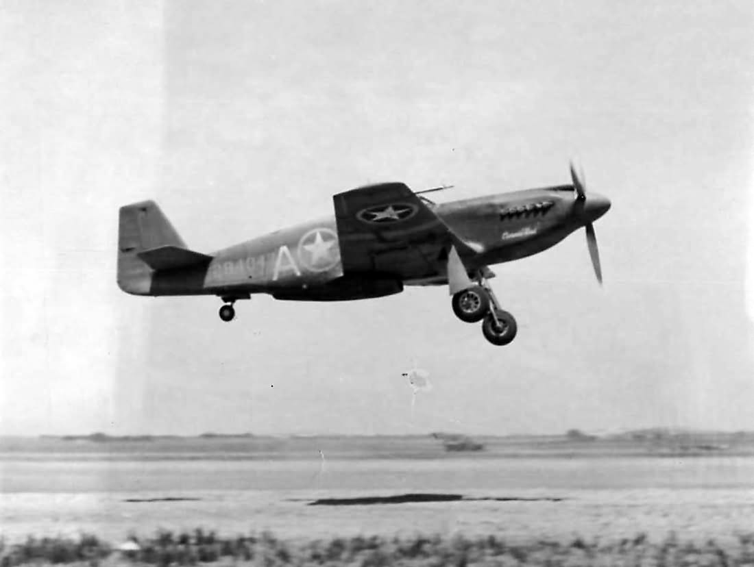 A-36A 42-84047 of the 523rd FS, 27th 27th Fighter-Bomber Group flown by Lt James R. McCauley – Invasion of Sicily