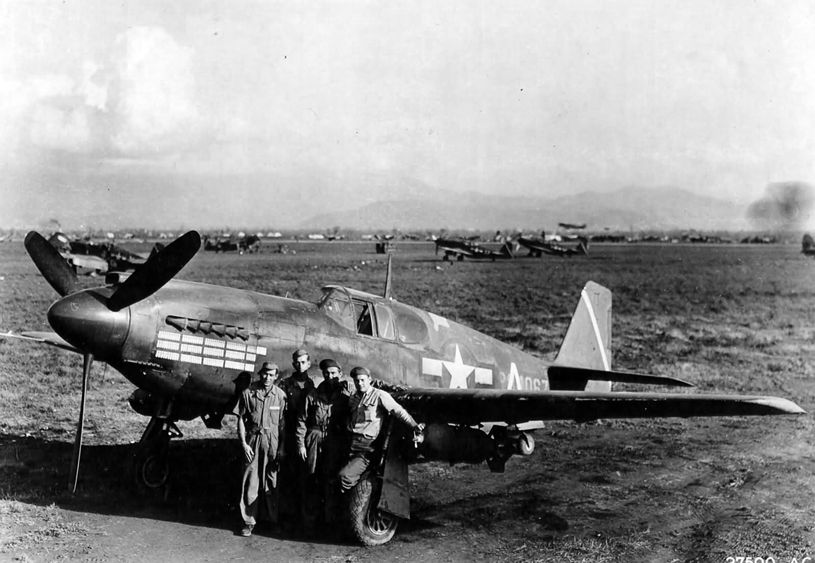 The ground crew of A-36A 42-84067 527th Fighter-Bomber Squadron 86th Fighter Bomber Group