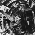B-17 Flying Fortress – waist gunners at their stations