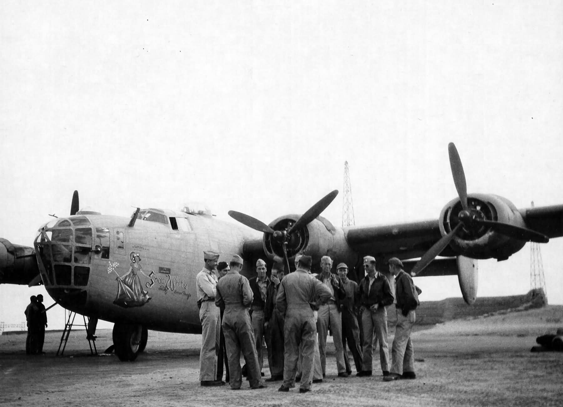 B 24D Liberator Serial 42 40364 Snow White And The Seven Dwarfs Of 343rd Bomb Squadron 98th Group 1943