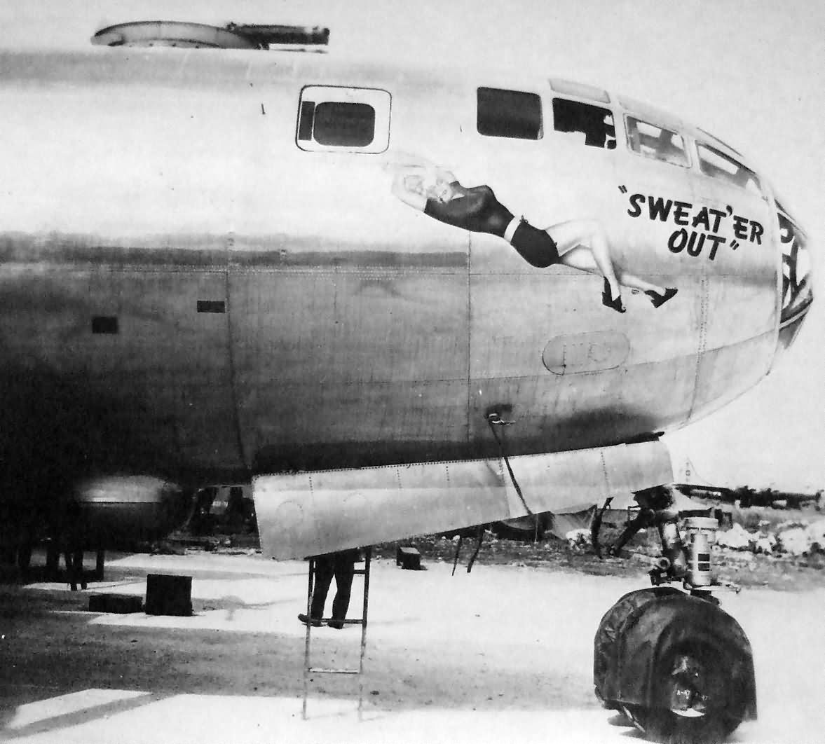 "B-29 Superfortress 42-24513 ""SWEAT'ER OUT"" of 40th Bomb Group, 25 BS Tinian 1945"