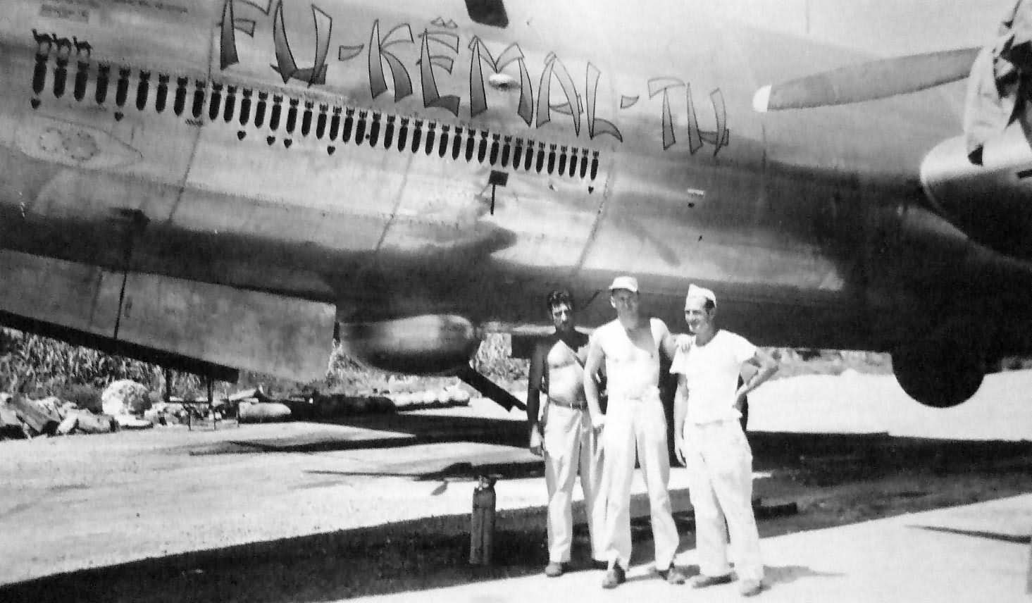 Boeing_B-29_Superfortress_Fu_Kemal_Tu_no